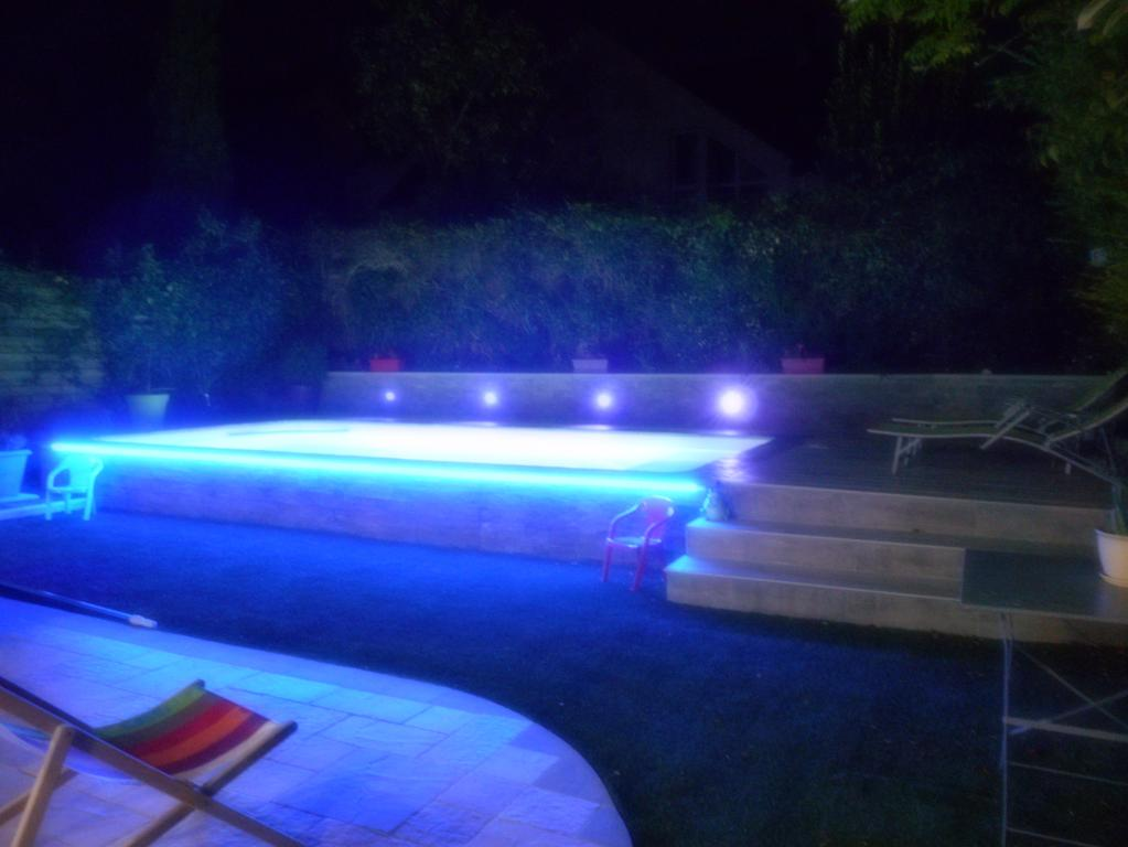 R alisations clairage piscine nantes carquefou la for Piscine orvault